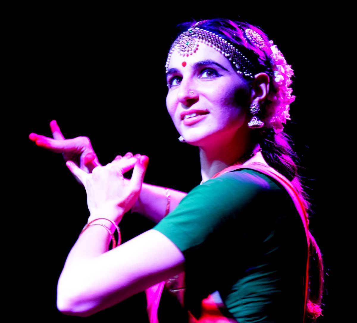 © fotoSimona Simoncini - RADHA, Bharata Natyam Marcella Cappelletti primo piano